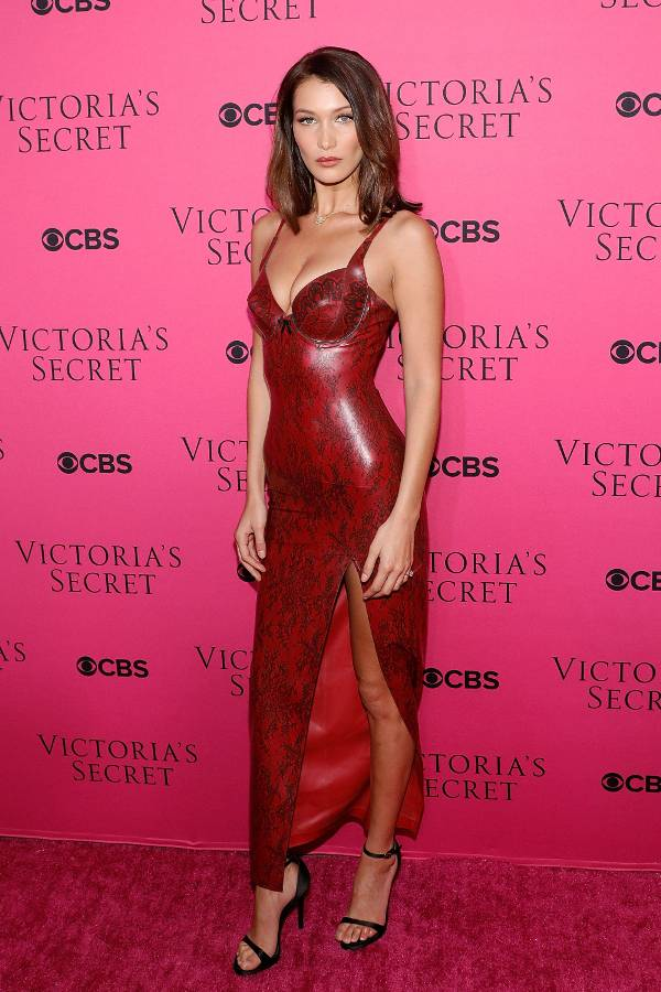 victorias-secret-fashion-show-viewing-party-2017-243351-1511961904954-main.600x0c.jpg